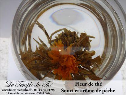 Fleur de thé avec arôme de pêche et fleur de souci