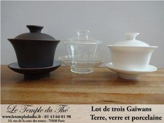 Gaiwans par trois, terre, verre et porcelaine
