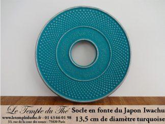 Socle de théière en fonte turquoise diamètre 13,5 cm. Iwachu