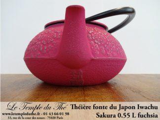 Théière en fonte du Japon IWACHU modèle Sakura fuchsia